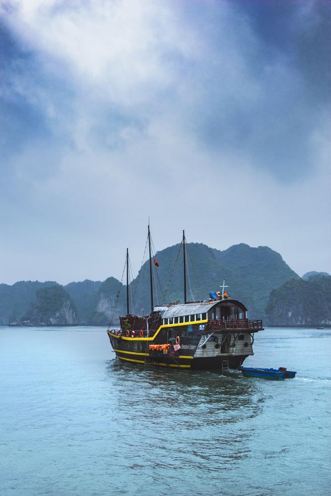 DSC_0677-2_halong_bay_vietnam