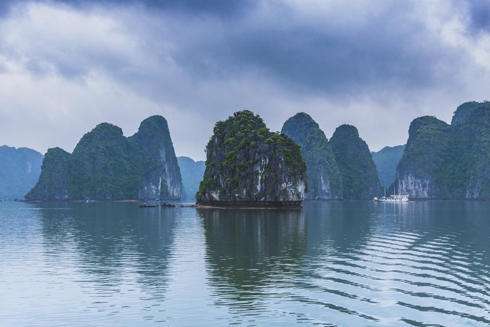 DSC_0711-2_halong_bay_vietnam