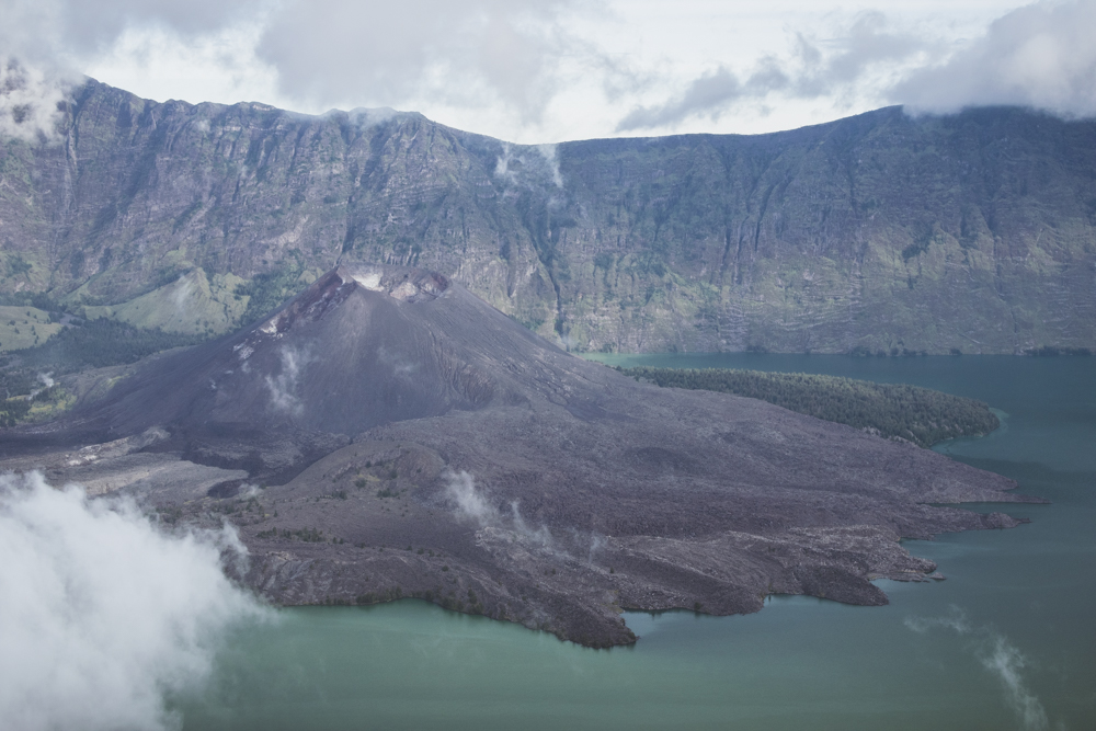 DSC_0077_mount_rinjani_indonesia